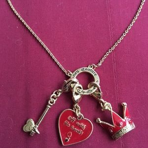 Disney couture Queen of Hearts necklace